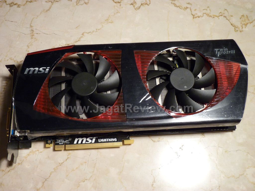 MSI GTX480 Lightning_1_R