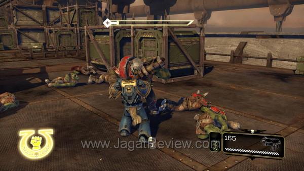 review warhammer 40k space marine 004