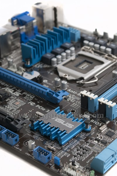 Review ASUS P8H77 M-Pro: Motherboard H77 Dengan Fitur
