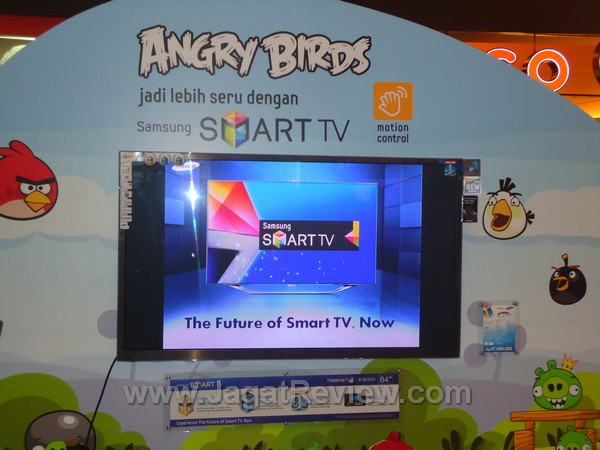 Rangkaian Smart TV Samsung Ramaikan Atrium Mal Central Park