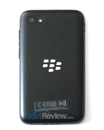 Blackberry Q5 - Tampak Belakang
