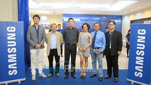 Pembukaan Samsung Experience Store