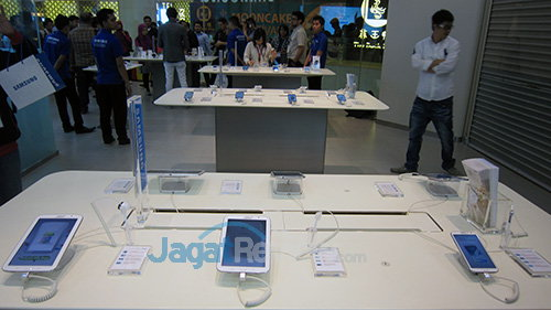 Samsung Experience Store - Booth