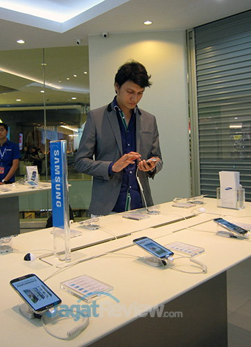 Samsung Experience Store - Sugiono