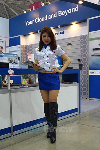 Booth Babes Computex 2014 - ASUStor