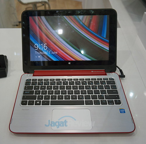 Intel Booth Raid - 2 in 1 HP Pavillion Red