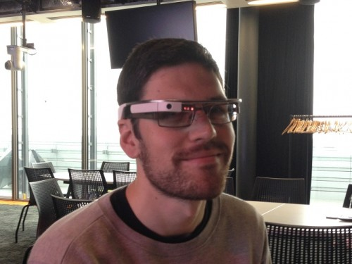Google_Glass_with_glasses