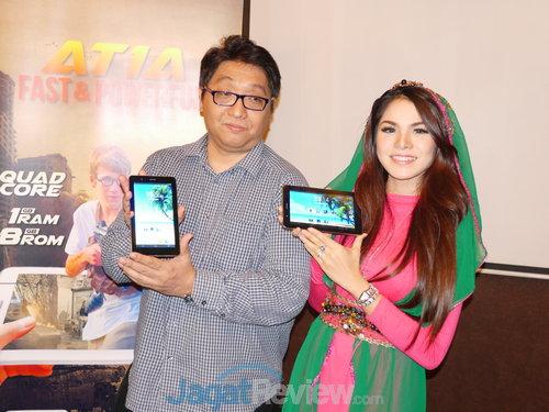 Janto Djojo Bersama Windy Idol di Peluncuran Evercoss AT1A