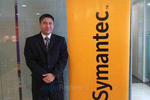 Raymond Goh, Senio Regional Director of Systems Engineering for Asia South Region, Symantec