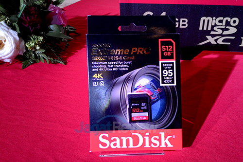 http://www.jagatreview.com/wp-content/uploads/2014/09/Sandisk-Extreme-Pro-SDCard-512GB.jpg