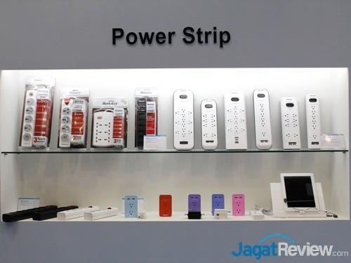 Power Strip dari HuntKey, yang beberapa di antaranya juga dilengkapi port USB Charging