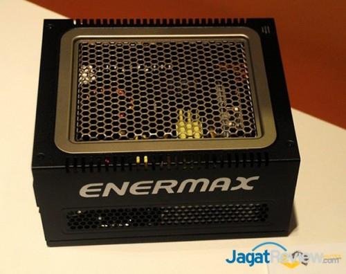 Enermax Digifanless 550W Power Supply