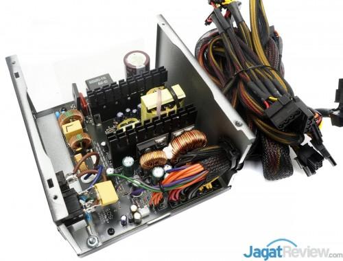 Enermax MaxPro700 watt 2