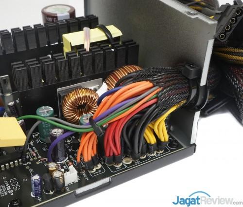 Enermax MaxPro700 watt 8