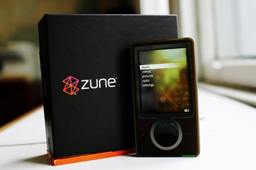 Mandatory Credit: Photo by David Howells/REX Shutterstock (323573c) The Zune portable music and video player Microsoft tackle Apple's iPod with the launch of 'Zune', America  - 14 Nov 2006