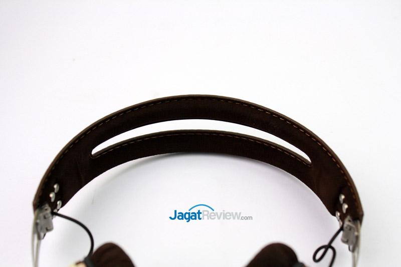 Headband berbahan stainless berlapis kain