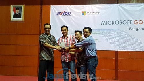 Microsoft-Axioo