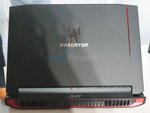 Predator-G15_1