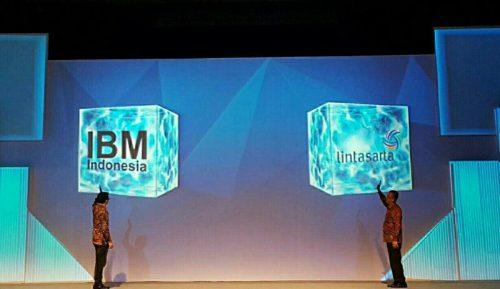"""Keterangan foto: Presiden Direktur IBM Indonesia, Gunawan Susanto (kiri), Arya Damar, President Director Aplikanusa Lintasarta (kanan), dalam seminar """"Digital Transformation Era: Is Your Business Ready?"""" yang berlangsung Rabu (01/06) di Jakarta."""