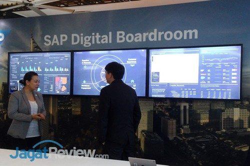 sap-digital-boardroom-02