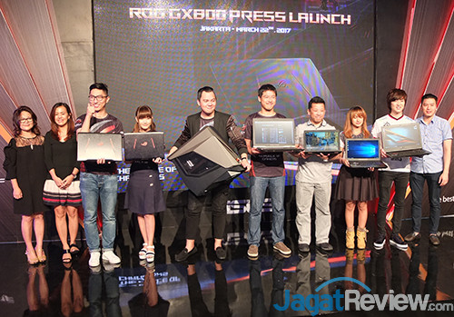ASUS ROG GX800 Launch Event 01
