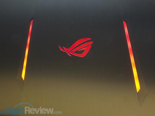 ASUS ROG GX800 ROG Logo 03