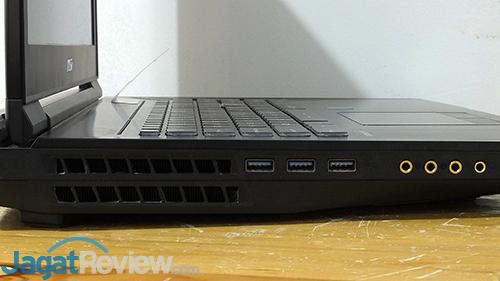 MSI GT73VR 6RE Titan Left Connectors