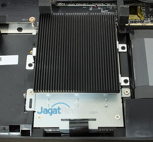 MSI GT73VR 6RE Titan SSD