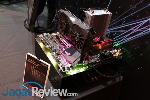 ASUS ingin agar Aura RGB tidak hanya sekedar jadi pemanis tampilan, tetapi punya fitur lebih.