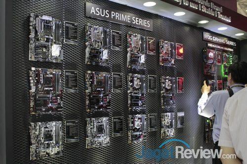 Salah satu sudut booth ASUS di Computex 2017, tepat mereka memajang produk motherboard mereka.