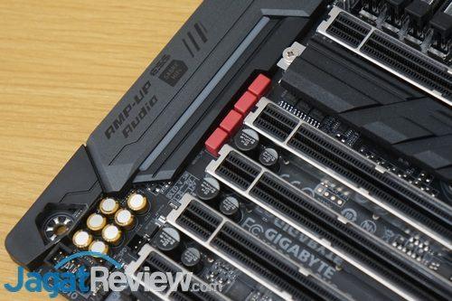 Gigabyte X299 AORUS Gaming 7 Pro - 09