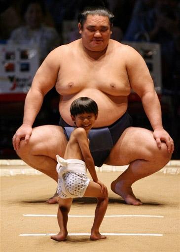 sumo fight funny