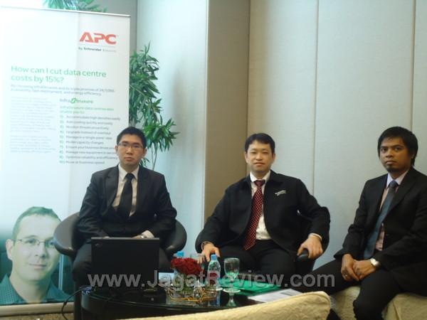 APC by Schneider Electric 1