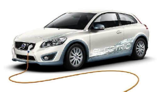 volvo_car_corporation_ericsson_and_partners_in_plug_in_vehicle_smart_on_board_charging_research_pro_lxokm