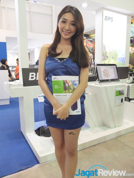 BOOTHBABES_COMPUTEX2014_26