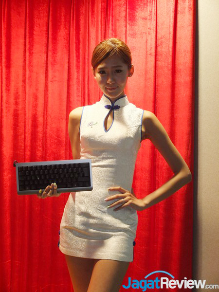 BOOTHBABES_COMPUTEX2014_39