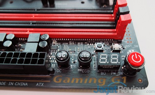 Computex 2015 Gigabyte Z170X Gaming G1 Onboard Buttons & Debug LED