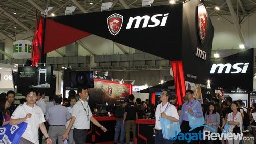 Computex 2015 MSI Booth 01