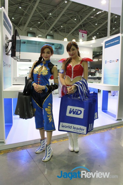 boothbabes computex2015 day2-2 001