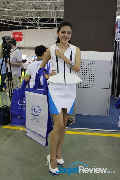 boothbabes computex2015 day2-2 004