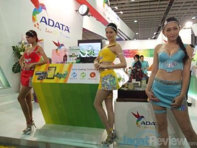 computex2015 boothbabes 5-2 001