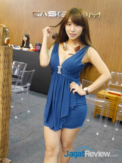 computex2015 boothbabes5-1 001