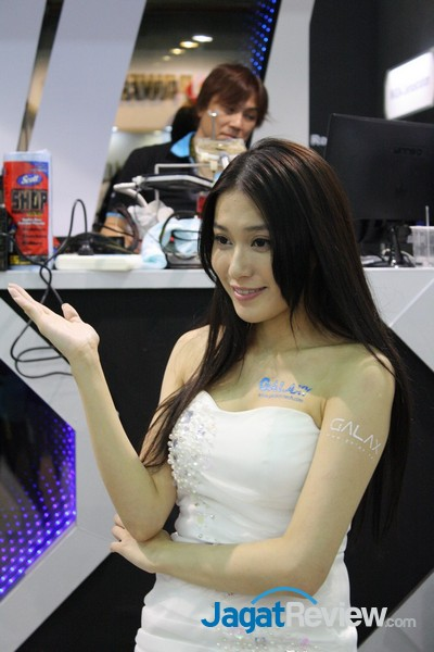 computex2015 boothbabes5-1 005
