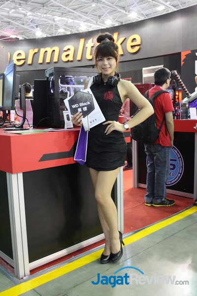 computex2015 boothbabes5-1 007