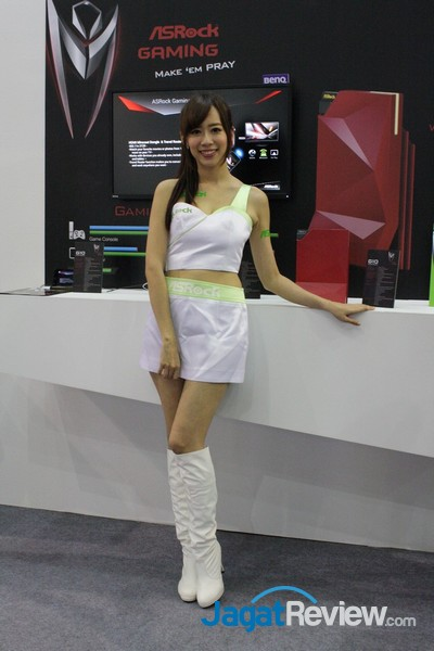 computex2015 boothbabes5-1 011