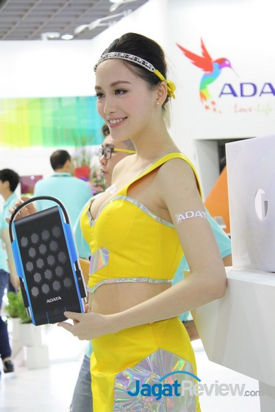 computex2015 boothbabes5-1 012