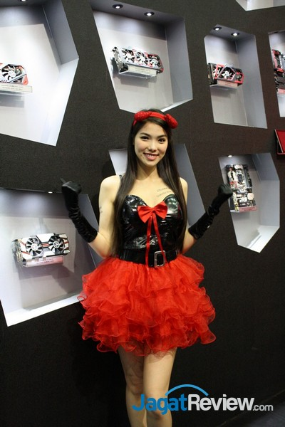 computex2015 boothbabes5-1 014