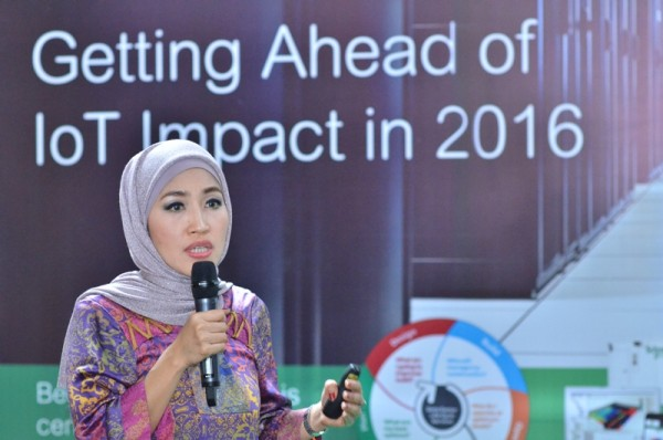 Astri R Dharmawan Business Vice President Schneider Electric IT Indonesia Malaysia Brunei