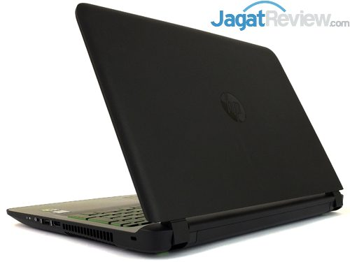 HP Pavilion Gaming 15-ak035tx Right Rear Side with Lid Open