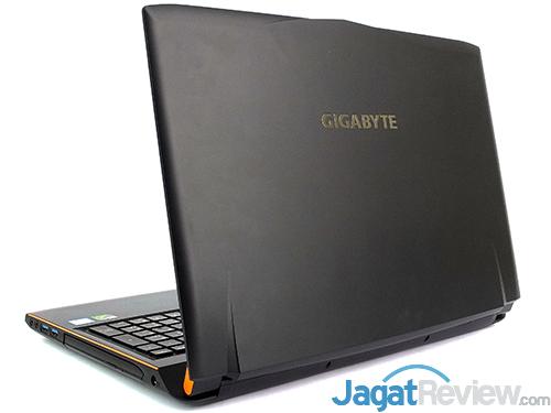 gigabyte-p55w-v6-rear-side
